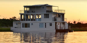 Chobe Princes Houseboats